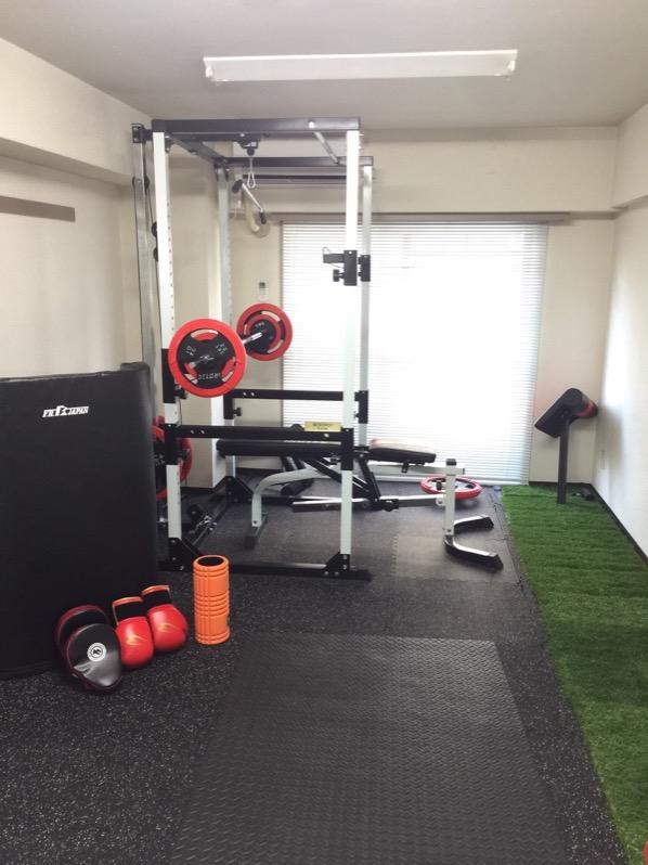 清潔感のあるトレーニングルームです!