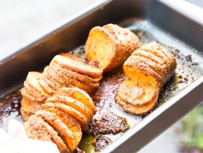Parmesangratinerad Hasselbackare på sötpotatis