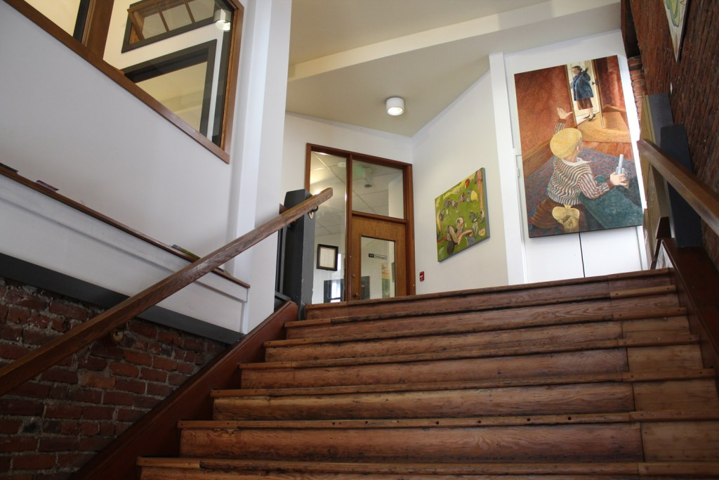 frontstairs