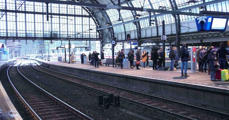 荷蘭交通| 阿姆斯特丹到巴黎 ,初體驗大力士火車搭乘過程