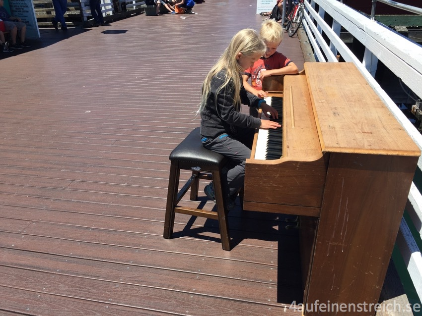 piano_wm