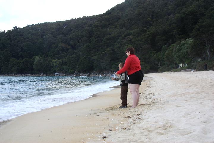 58GradNord Abel Tasman Mit Kindern wandern Bark Bay Angeln