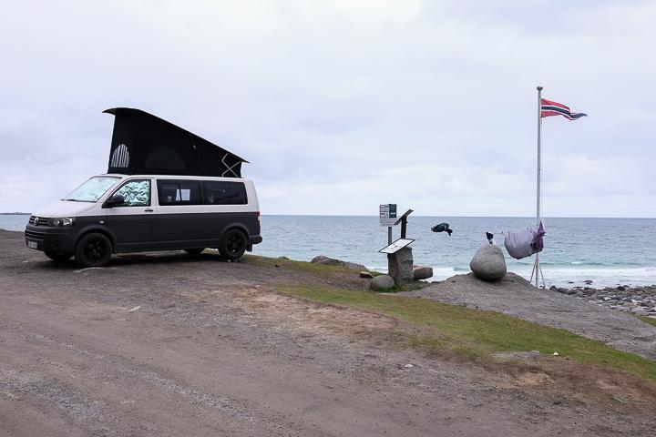 Norwegen mit Kindern - Lofoten Roadtrip - Uttakleiv VW Camper