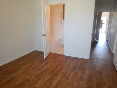 Vinyl flooring for rental