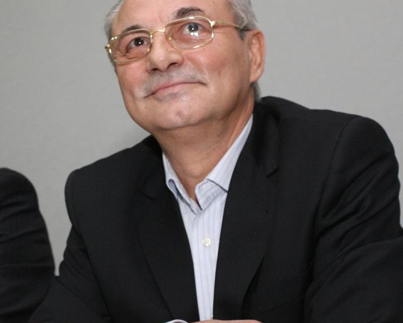 Успехът на българската демокрация минава през разграждането на ДПС