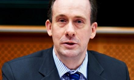 Мартин Каланан: Брюксел харчи прекалено много за бюрокрация
