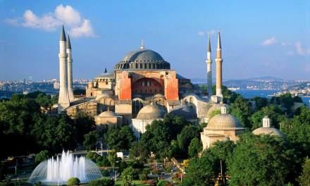 """Църквата """"Света София"""" може отново да бъде превърната в джамия"""