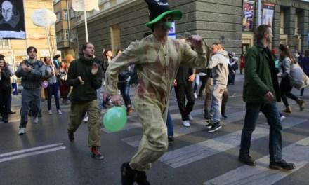 Как не се свалят престъпници от власт или за българския протестен инфантилизъм