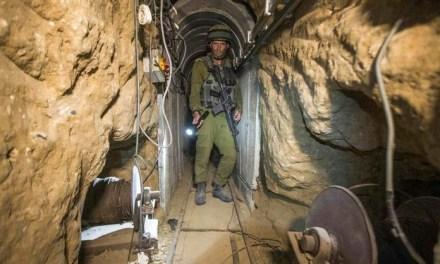 Израелски бойци слязоха в тунелите на смъртта