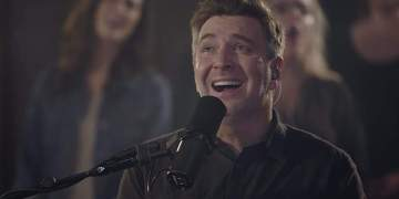 New Christmas Worship: Glory In The Highest by Travis Cottrell