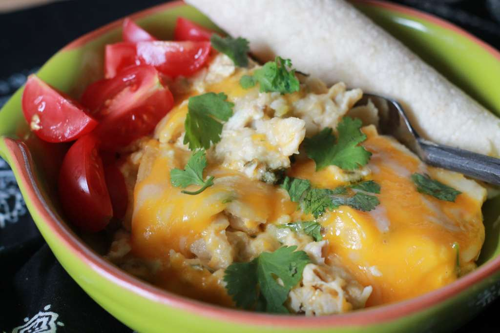 SLOW COOKED SOUR CREAM ENCHILADA CASSEROLE! So easy and tastes like restaurant enchiladas. I love how easy it is to make. | 5dinners1hour.com