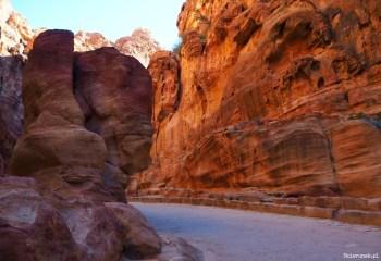 Petra - wąwóz al-Siq - Jordania - Piąty Kierunek06