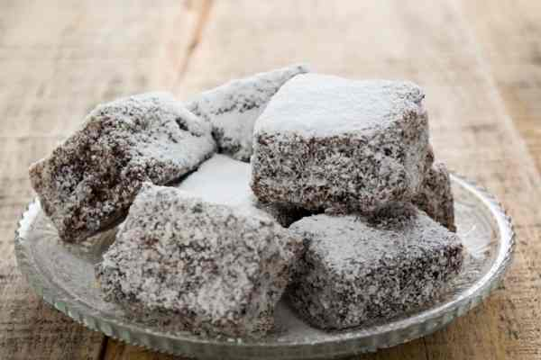 Low Carb Keto Coconut Oil Candies