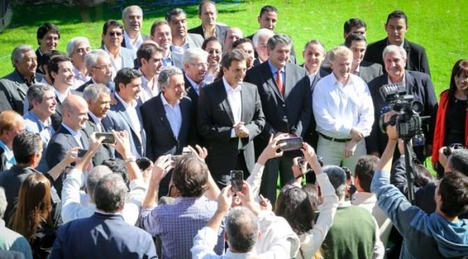 Sergio Massa viajó a San Juan y lanzó a Roberto Basualdo como candidato a Gobernador