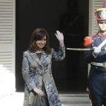 Polémica utilización política de Cristina del sable de San Martín