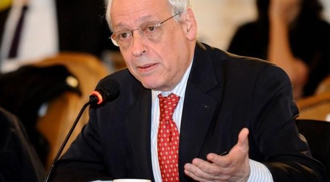 Il principale accusatore del papa lavorò per la dittatura militare argentina