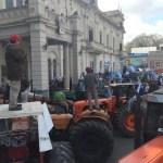 Entre Ríos: Tractorazo en la Casa de Gobierno