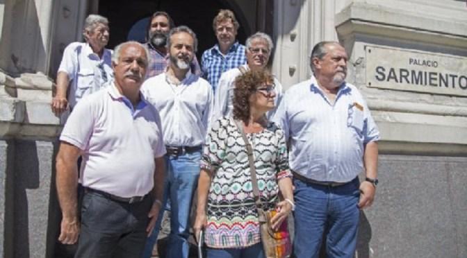 La reunión entre los gremios docentes y el gobierno se postergó hasta la tarde