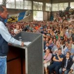 "FpV: al ritmo del ""vamos a volver"" se convocó masivamente en la UT de Avellaneda"
