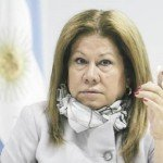 """Graciela Camaño: """"que Macri use la cadena nacional y aclare"""""""