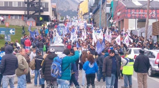 Tierra del Fuego: nueva marcha de antorchas