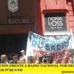 MOVILIZACIÓN FRENTE A RADIO NACIONAL POR DESPIDOS EN LOS MEDIOS PÚBLICOS