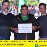 EL GOBIERNO DEL PUEBLO DE MERLO ENTREGÓ EQUIPOS DEPORTIVOS A CLUBES DE MERLO
