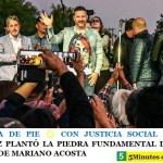 ARGENTINA DE PIE ☀️ CON JUSTICIA SOCIAL   GUSTAVO MENÉNDEZ PLANTÓ LA PIEDRA FUNDAMENTAL DEL NUEVO HOSPITAL DE MARIANO ACOSTA