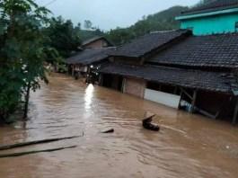 Banjir-di-Dukuhseti-Pati-1