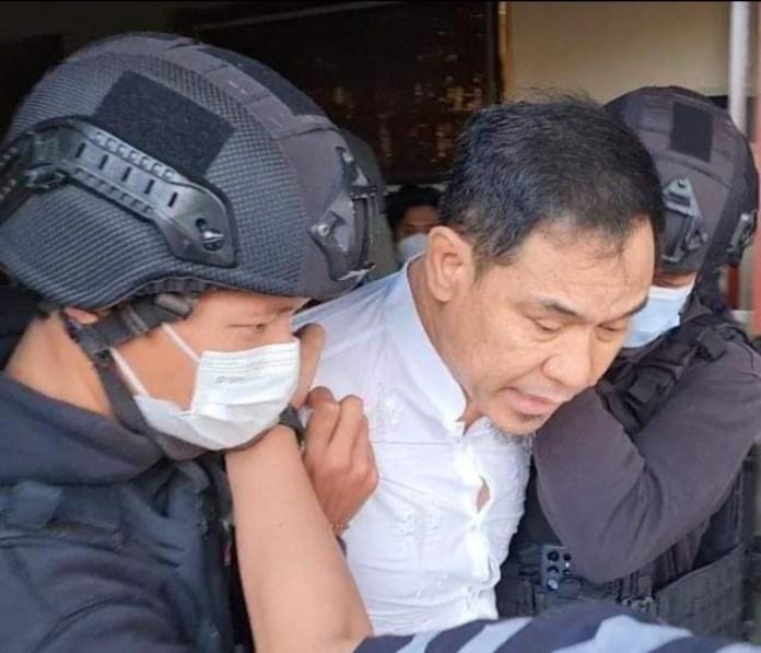 Munarman ditangkap polisi Densus Antiteror 88