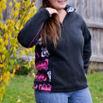 Large Contrast 5 out of 4 Patterns Women's Ascent Pullover