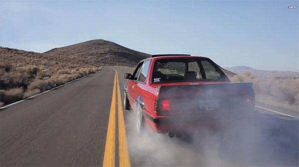 Turbo BMW E30 Burnout