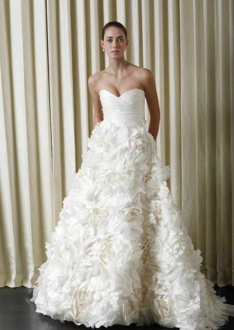 MONIQUE LHUILLIER BRIDAL DRESSES