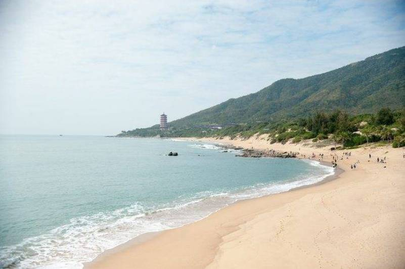 Weddings in China's Hainan Island