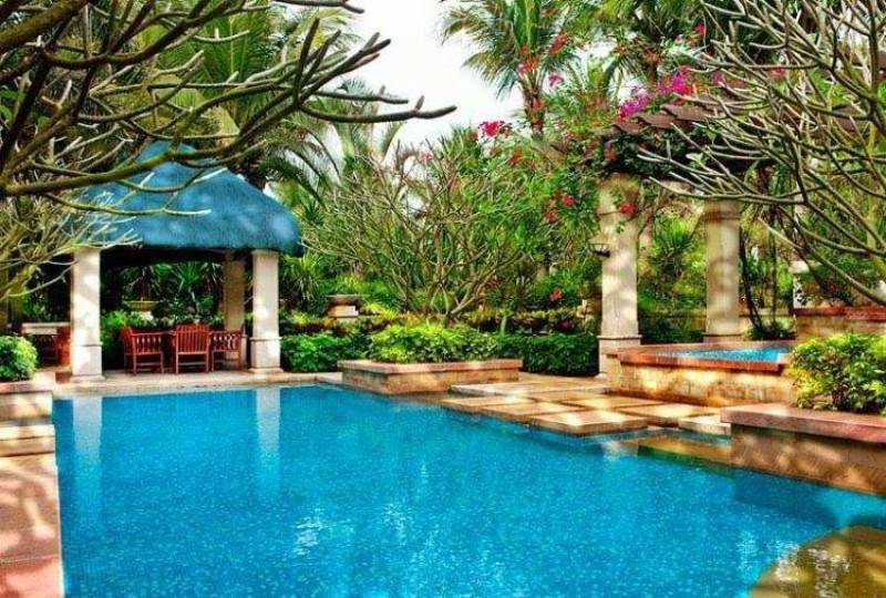 The Seraton Haiko Resort - Pool side