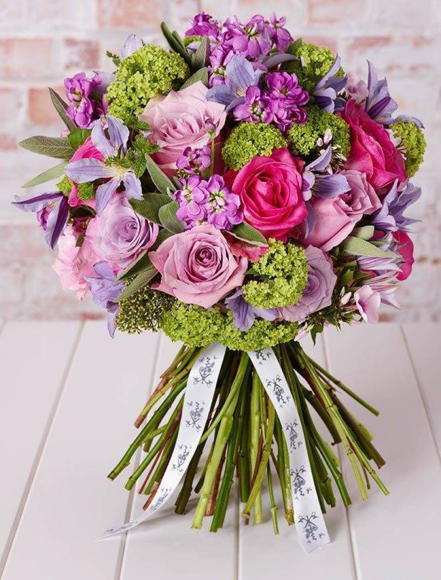 Larry Walshe Valentines Flowers