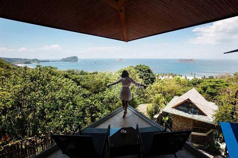 Stunning View - Punto De Vista