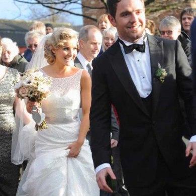 Helen Skelton Weds In Sassi Holford Gown