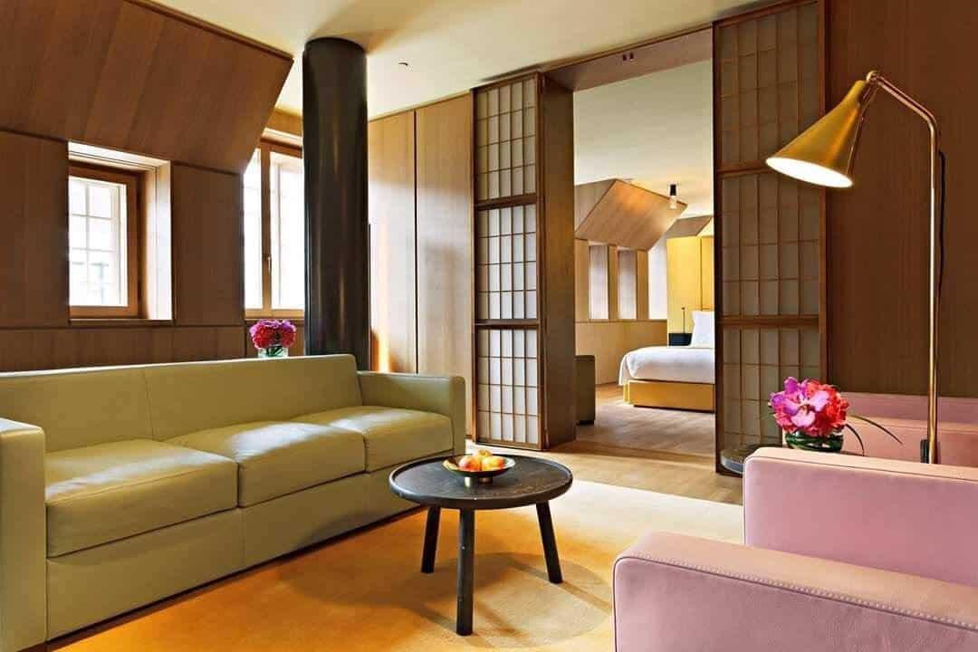 Review: Hotel Café Royal