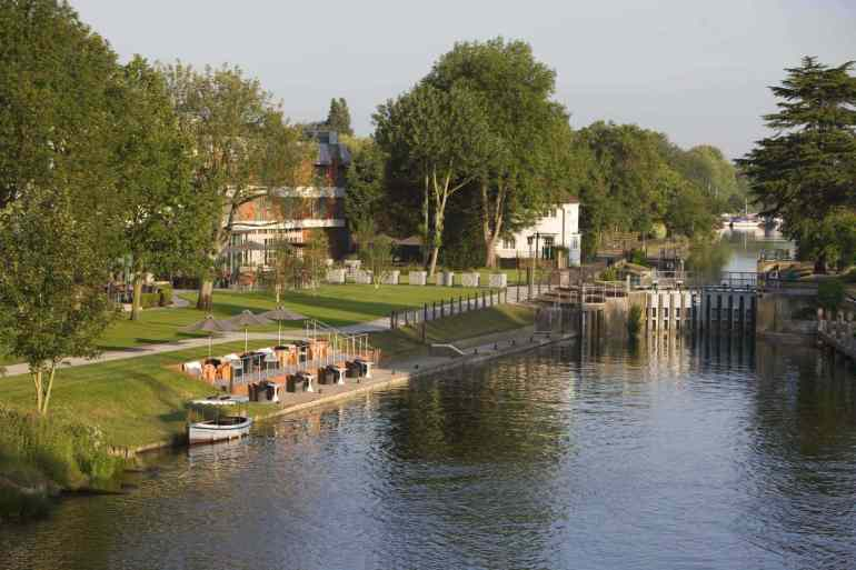 Review: The Runnymede on Thames