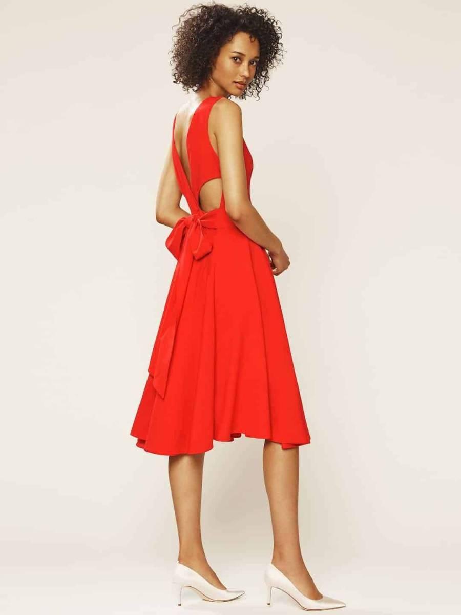 Wear your wedding dress again - Sarah Jessica Parker style!