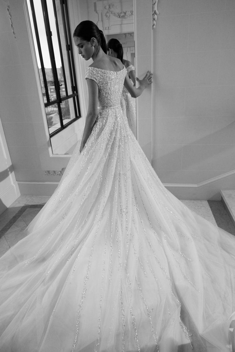Wedding dress collection: Elie Saab - Fall 2019