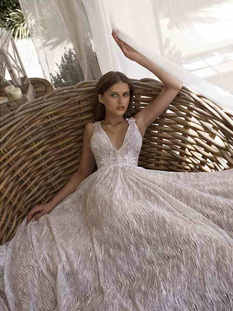 Wedding dress collection: Nurit Hen – Dream of Love