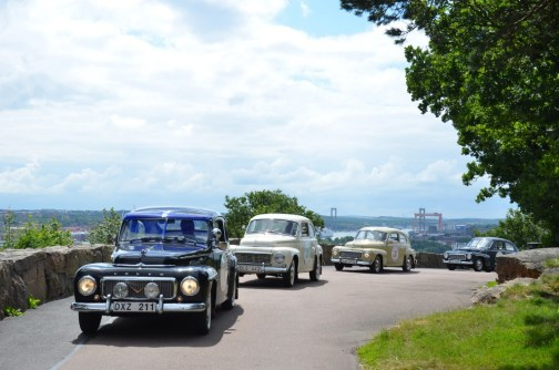 Det finns många sätt att utforska Göteborg på. Varför inte åka på en guidad tur i en Volvo PV till exempel? There are many exciting ways to discover Gothenburg. For example you can go on a guided tour in an old Volvo - which in Gothenburg is so much more than just a car.