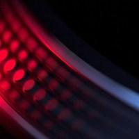 """Foto: David Prior, CC BY  DJ Turntable Musik Vinyl Party    Copy & Paste Code für Bildnachweis:  Bildnachweis: """"Spinning around…"""" von David Prior, CC BY - 5VIER"""
