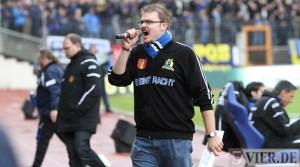 20120425 Pokal Eintracht Trier-TuS Koblenz, Stadionsprecher Köbi, Bitburger Rheinlandpokal, Viertelfinale, Foto: Anna Lena Grasmueck - 5VIER