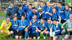 Titelverteidigung? Bereits letztes Jahr gewann die U19 des SVE den Rheinlandpokal - 5VIER