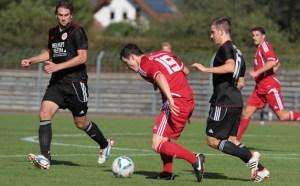 Der FSV Salmrohr empfängt im Spitzenspiel der Oberliga den SVN Zweibrücken (Foto: Sebastian Schwarz) - 5VIER