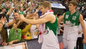 Mathis Mönninghoff, TBB Trier, Fans, Andreas Seiferth. Foto: Thewalt