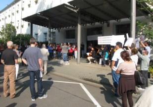 Übergabe Petition Theater Trier 3_bearbeitet - 5VIER